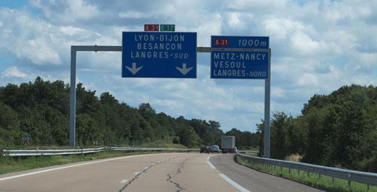 IMG_7664 - autroroute signs - 540