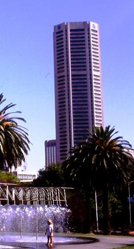 1989 - city skyline - 270